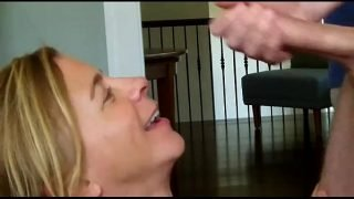 Cum drips down pussy into girlfriends mouth