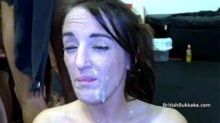 Filthy amateur taking some heavy facials