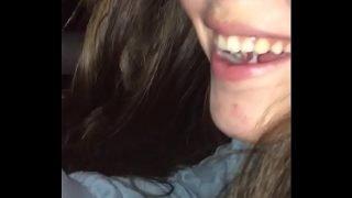 Gozada na boca da minha novinha